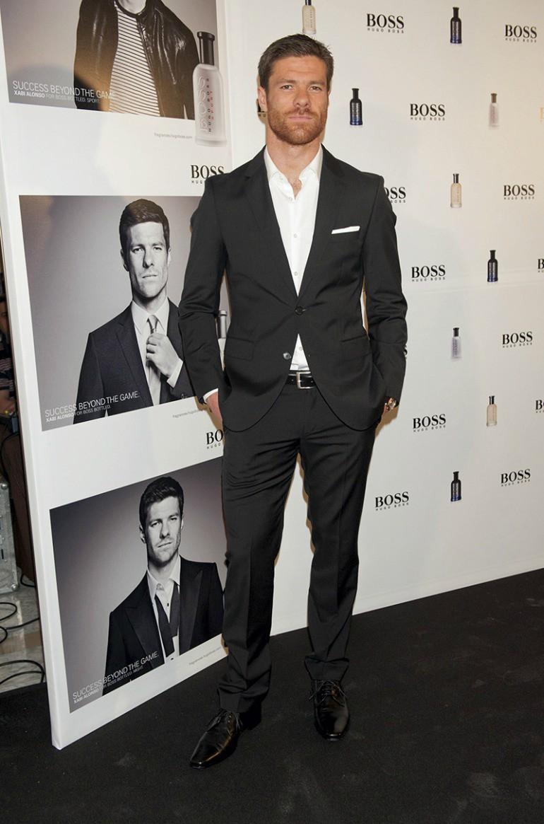 Beckham và 8 ngôi sao không đá bóng cũng trở thành biểu tượng thời trang, ăn mặc phong cách nhất - Ảnh 4.
