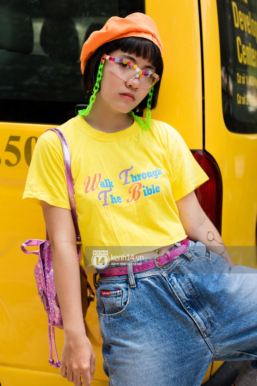 Street style 2 miền: Lên đồ đơn sắc hay sặc sỡ thì các bạn trẻ Việt vẫn cứ trung thành với style cool ngầu bụi bặm - Ảnh 6.
