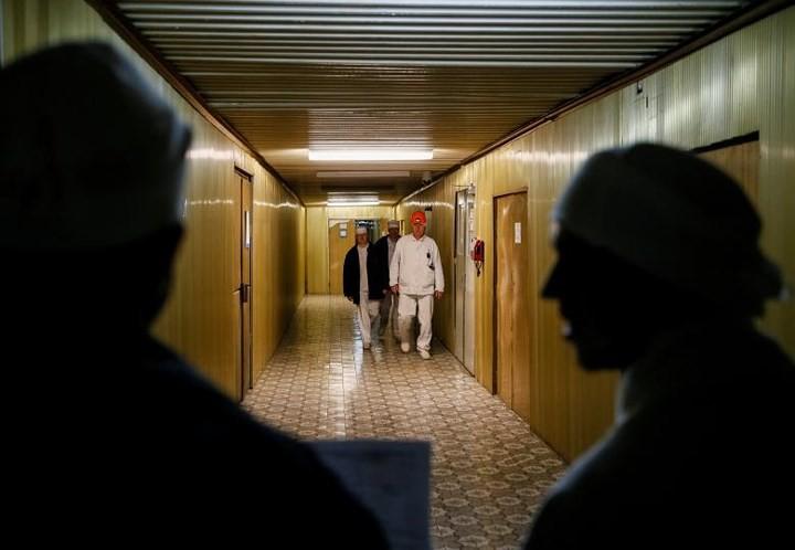 Ám ảnh bên trong nhà máy điện hạt nhân Chernobyl sau hơn 30 năm - Ảnh 20.