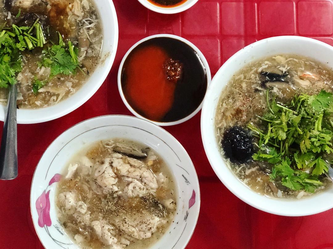 Xế chiều rủ rê hội bạn thân đi ăn những hàng súp cua đắt xắt ra miếng ở Sài Gòn - Ảnh 9.