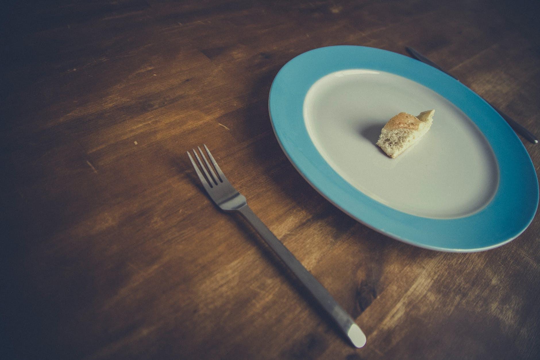 Những sai lầm không ngờ đến khiến bạn mãi không giảm được chút mỡ bụng nào - Ảnh 2.