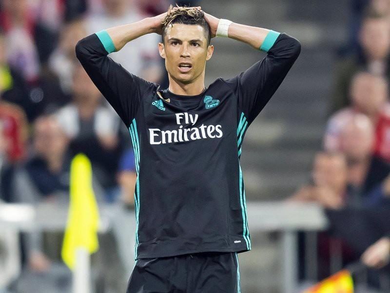 Ronaldo tàng hình, vẫn đi vào lịch sử Champions League - Ảnh 3.