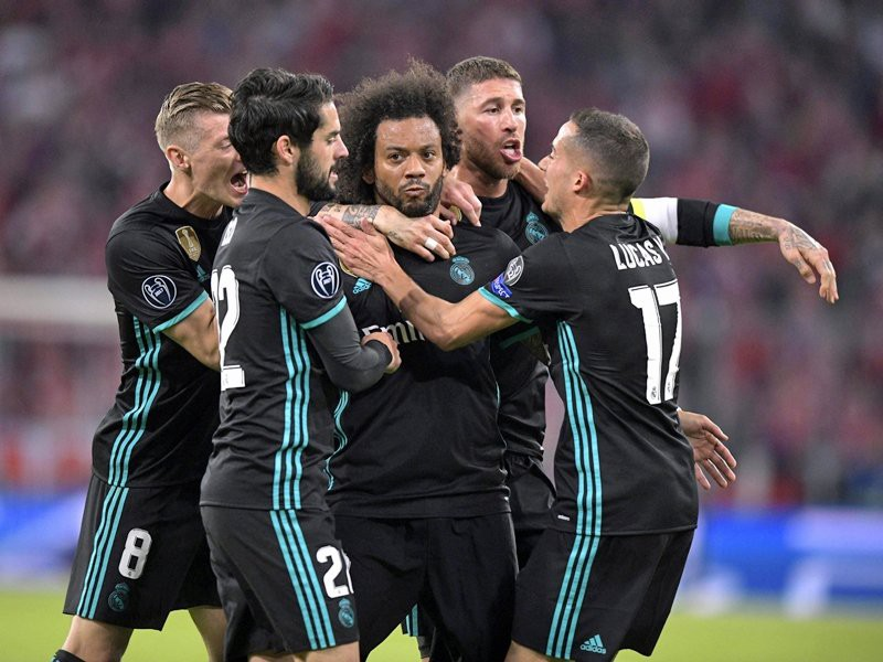 Ronaldo tàng hình, vẫn đi vào lịch sử Champions League - Ảnh 5.