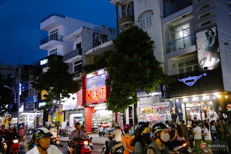 Đường Nguyễn Trãi chính thức được hợp pháp hóa thành Phố thời trang đầu tiên ở Sài Gòn - Ảnh 5.