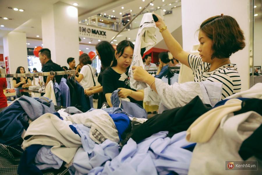 Đường Nguyễn Trãi chính thức được hợp pháp hóa thành Phố thời trang đầu tiên ở Sài Gòn - Ảnh 9.