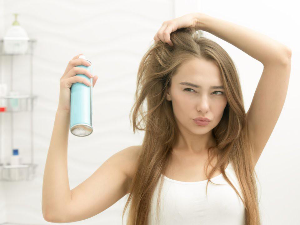Bạn có đang mắc phải những thói quen tưởng chừng vô hại nhưng lại khiến mái tóc khóc thét hay không? - Ảnh 7.