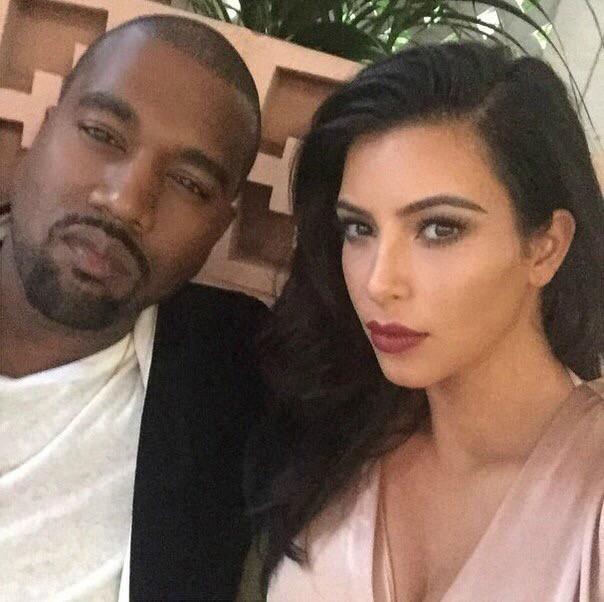 Cả showbiz từ Justin Bieber, Rihanna đến chị em Kardashian đồng loạt tẩy chay Kanye West - Ảnh 1.