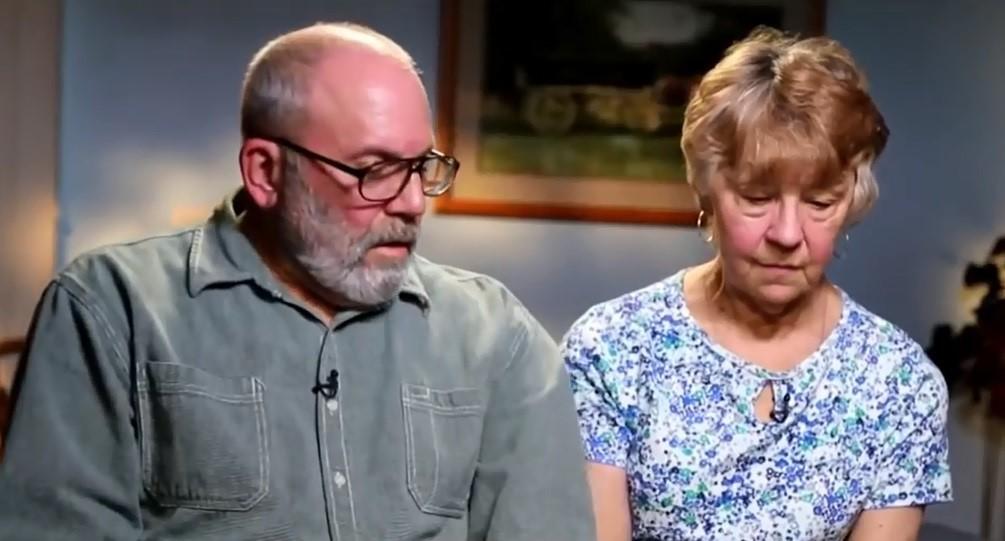 Hội Thánh Đức Chúa Trời tại Mỹ: Câu chuyện đau buồn của những nạn nhân từ bỏ gia đình, khuynh gia bại sản để đi theo - Ảnh 7.