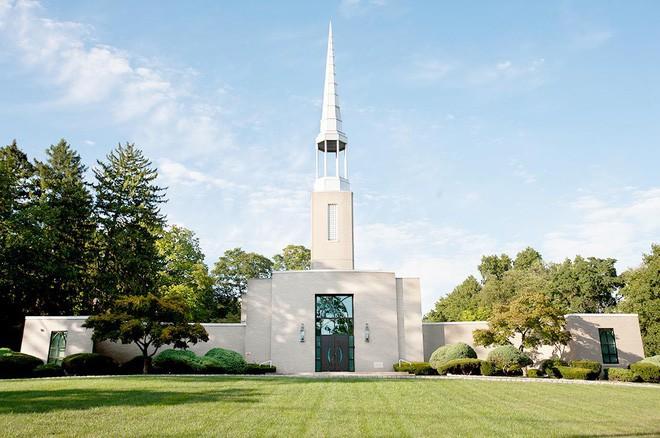 Hội Thánh Đức Chúa Trời tại Mỹ: Câu chuyện đau buồn của những nạn nhân từ bỏ gia đình, khuynh gia bại sản để đi theo - Ảnh 9.