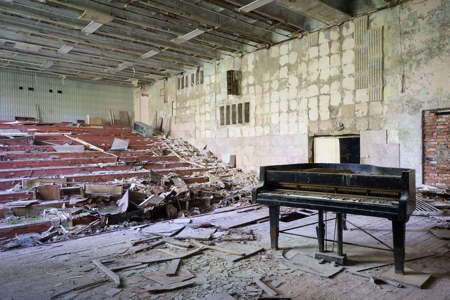 Đi khắp châu Âu tìm những chiếc piano bị lãng quên, người nghệ sĩ khiến mọi người nín lặng vì vẻ đẹp nhuốm màu thời gian - Ảnh 13.