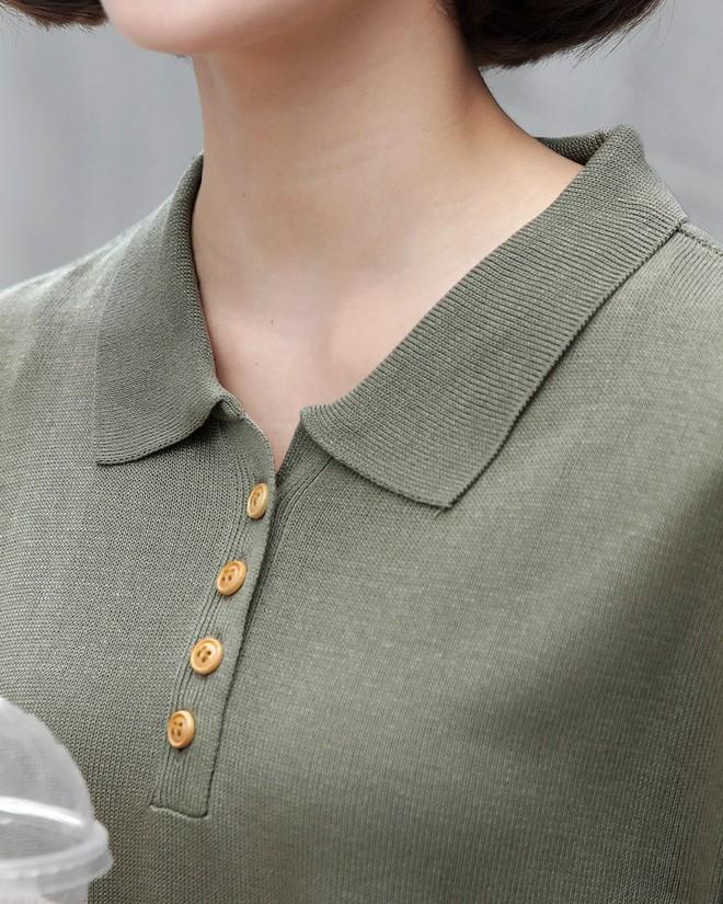 Chán áo phông cổ tròn, hãy thử đổi gió sang kiểu áo cổ bẻ này xem sao - Ảnh 10.