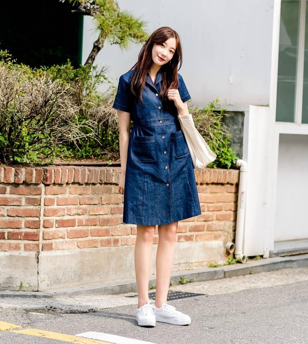 Lại phải ghen tị với khả năng lên đồ đơn giản mà chất như nước cất của giới trẻ Hàn - Ảnh 5.