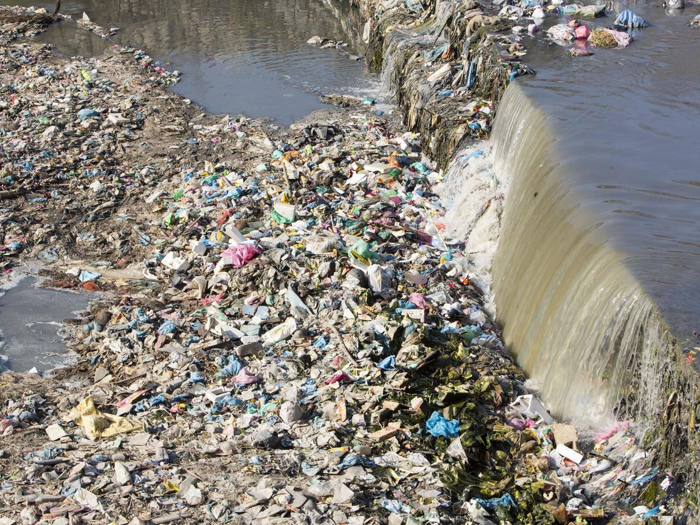 Báo động thật rồi: Ô nhiễm rác nhựa ngày càng gây nguy hiểm cho cuộc
