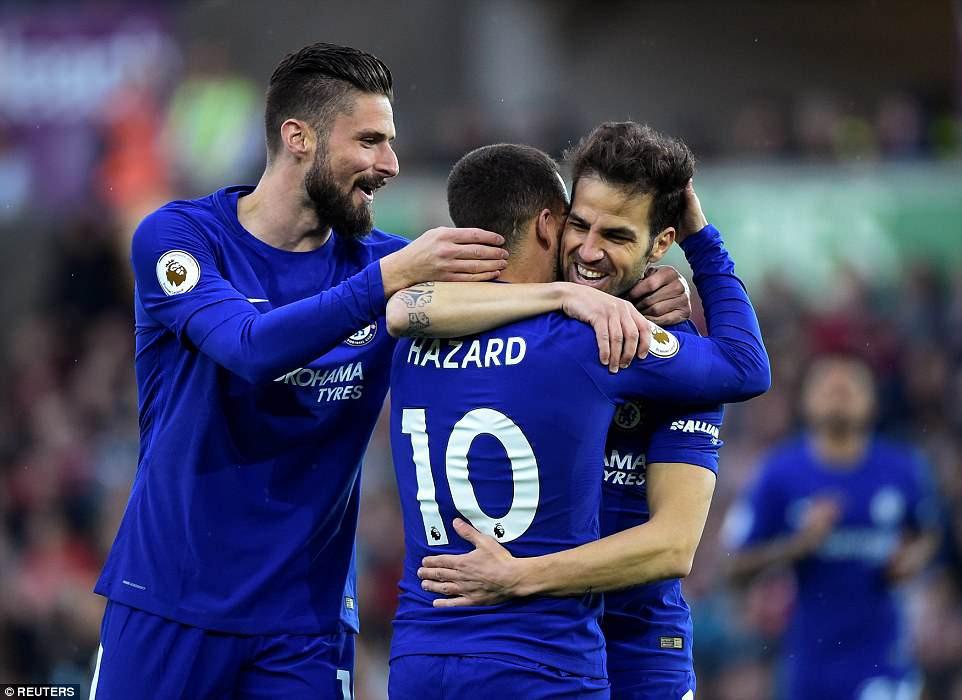 Fabregas lập siêu phẩm, Chelsea chưa buông hy vọng giành vé Champions League - Ảnh 5.