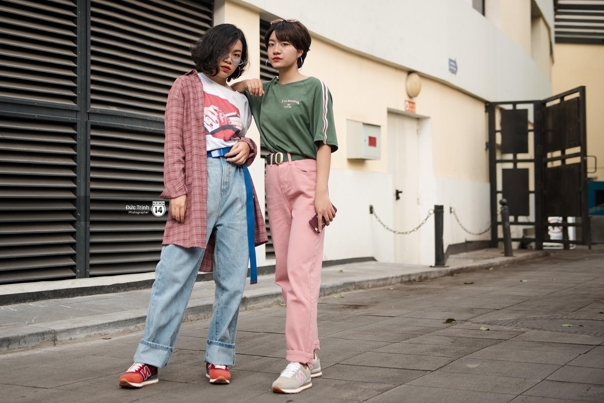 Street style 2 miền: Bên cạnh những món đồ hot trend, diện đồ đôi chính là chiêu mới để các bạn trẻ thể hiện phong cách - Ảnh 3.