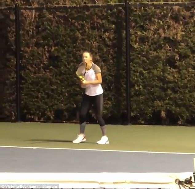 Con trai Beckham đấu tennis với tay vợt nữ số 2 thế giới - Ảnh 3.