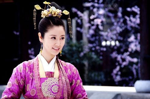 8 truyền kỳ phim cung đấu từng làm mưa làm gió trên màn ảnh xứ Trung (Phần 1) - Ảnh 11.
