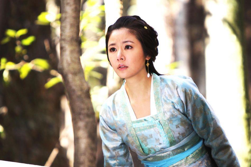 8 truyền kỳ phim cung đấu từng làm mưa làm gió trên màn ảnh xứ Trung (Phần 1) - Ảnh 13.