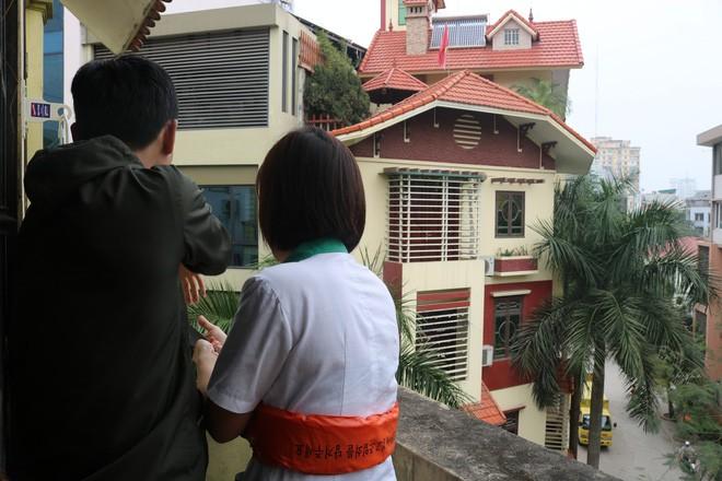 Hà Nội: Sau hàng loạt vụ cháy ở chung cư, cư dân và nhân viên văn phòng mua dây thoát hiểm về tập đu - Ảnh 5.