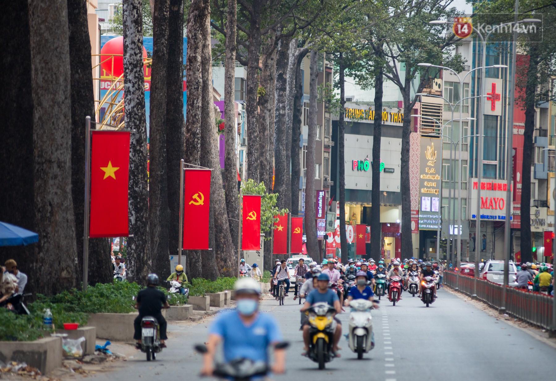 Chùm ảnh: Những ngày này, có một Sài Gòn tĩnh lặng lạ thường khi người dân đã rủ nhau đi trốn - Ảnh 2.