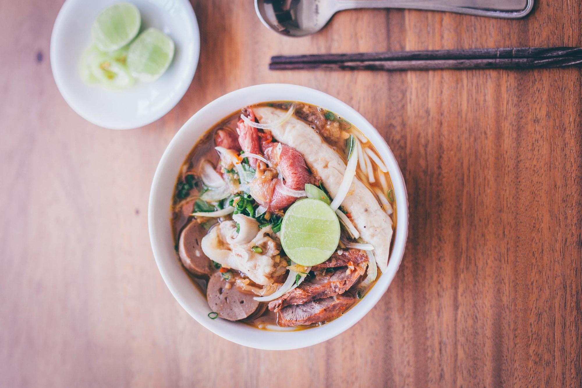 Quán ăn chính gốc Việt Nam hiếm hoi giữa lòng Hong Kong sẽ khiến bạn thích thú khi du lịch đến đây - Ảnh 5.