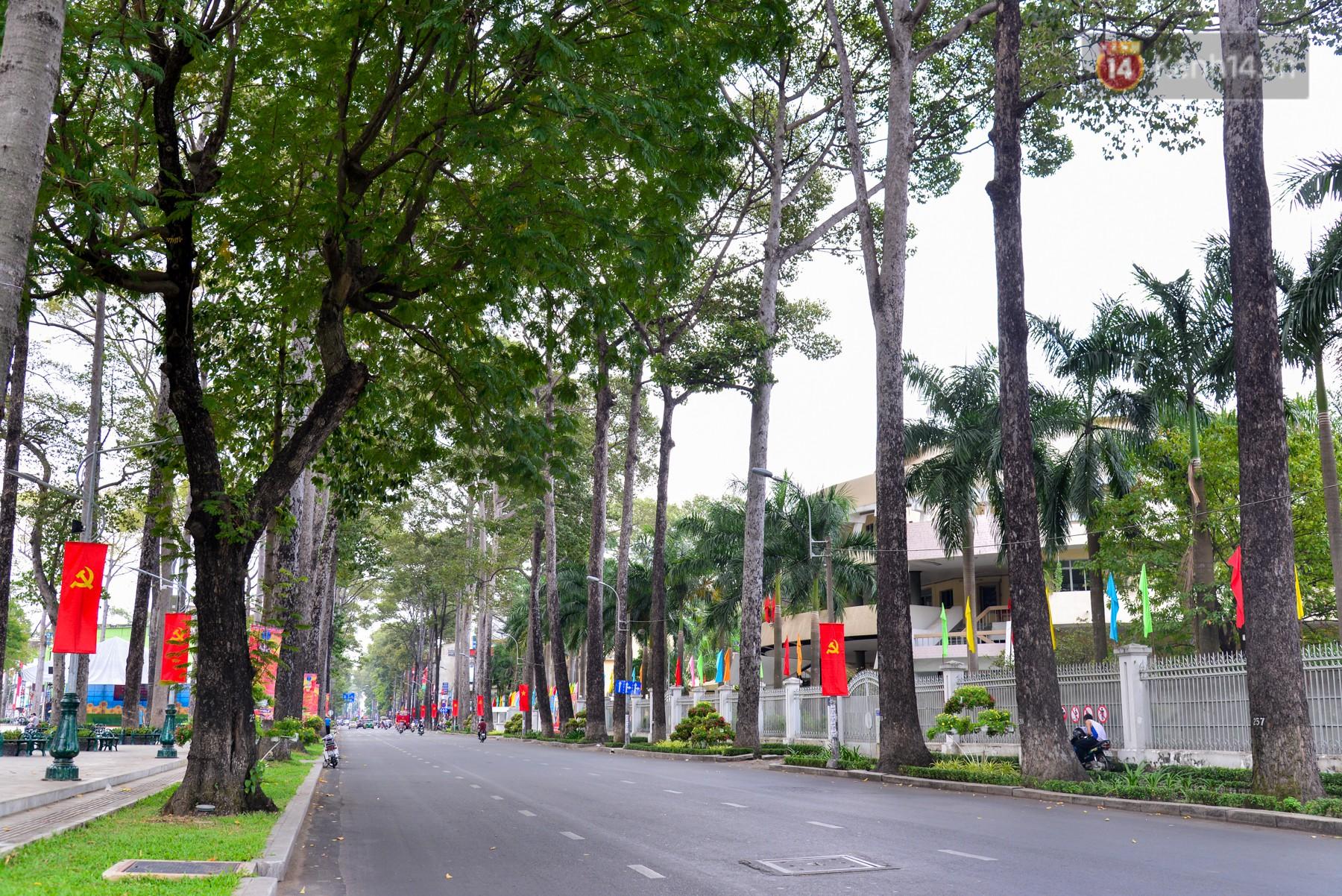 Chùm ảnh: Những ngày này, có một Sài Gòn tĩnh lặng lạ thường khi người dân đã rủ nhau đi trốn - Ảnh 1.