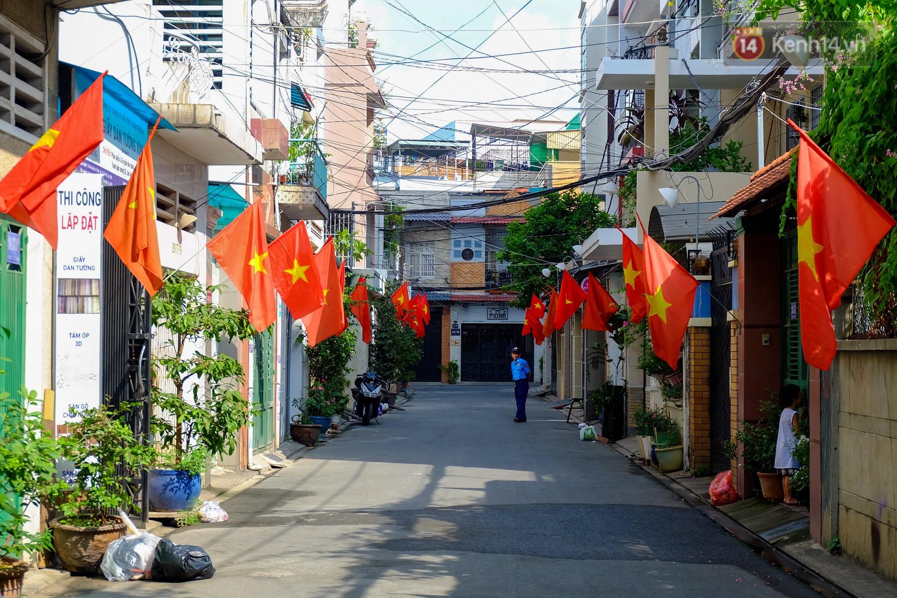 Chùm ảnh: Những ngày này, có một Sài Gòn tĩnh lặng lạ thường khi người dân đã rủ nhau đi trốn - Ảnh 11.