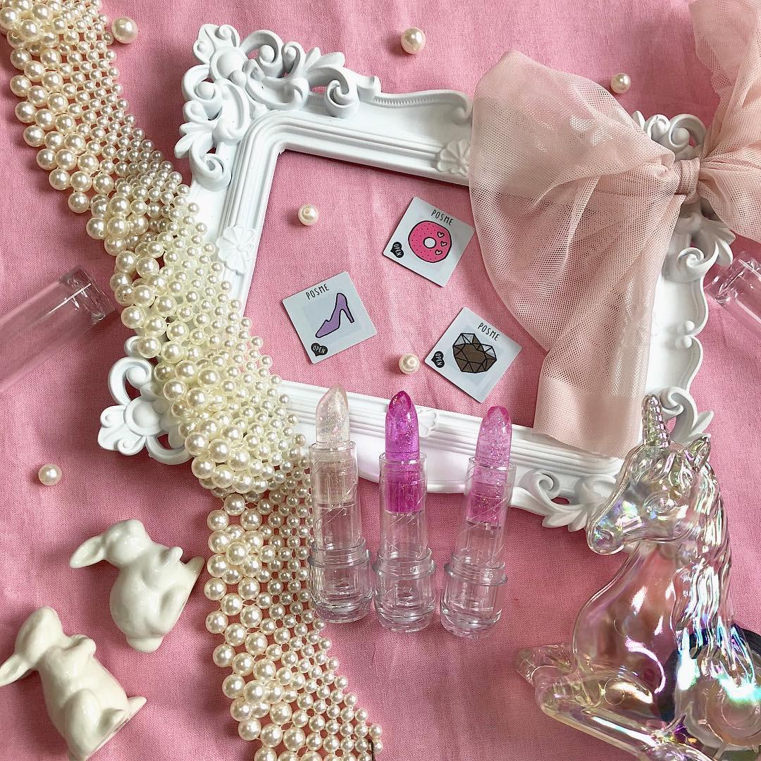 Con gái Nhật đang mê tít món mỹ phẩm chỉ 70k: nhỏ như tờ giấy mà kiêm luôn cả son môi, má hồng, phấn mắt - Ảnh 12.