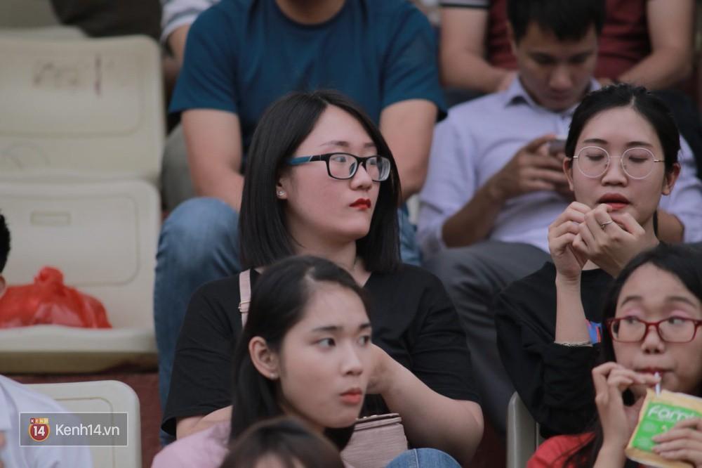 Fandom quốc dân của U23 Việt Nam hừng hực khí thế cổ vũ cho đại chiến Hà Nội - HAGL - Ảnh 12.