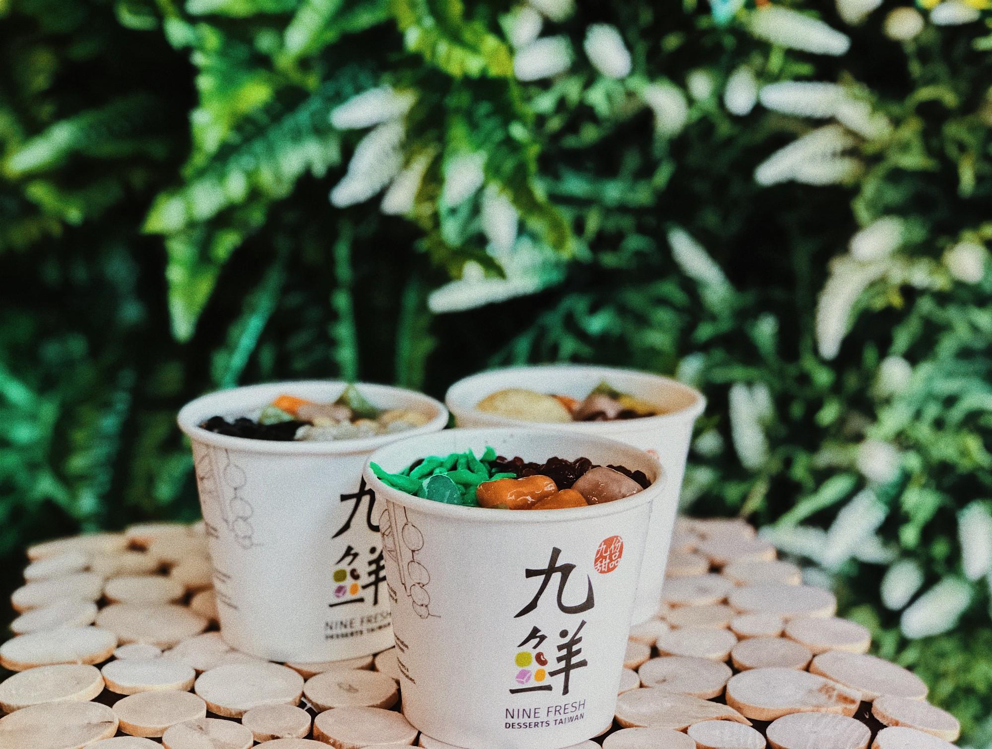 Đến Singapore đừng quên tìm đến cửa hàng tráng miệng Nine Fresh để thưởng thức những phần chè thảo mộc thanh mát - Ảnh 6.