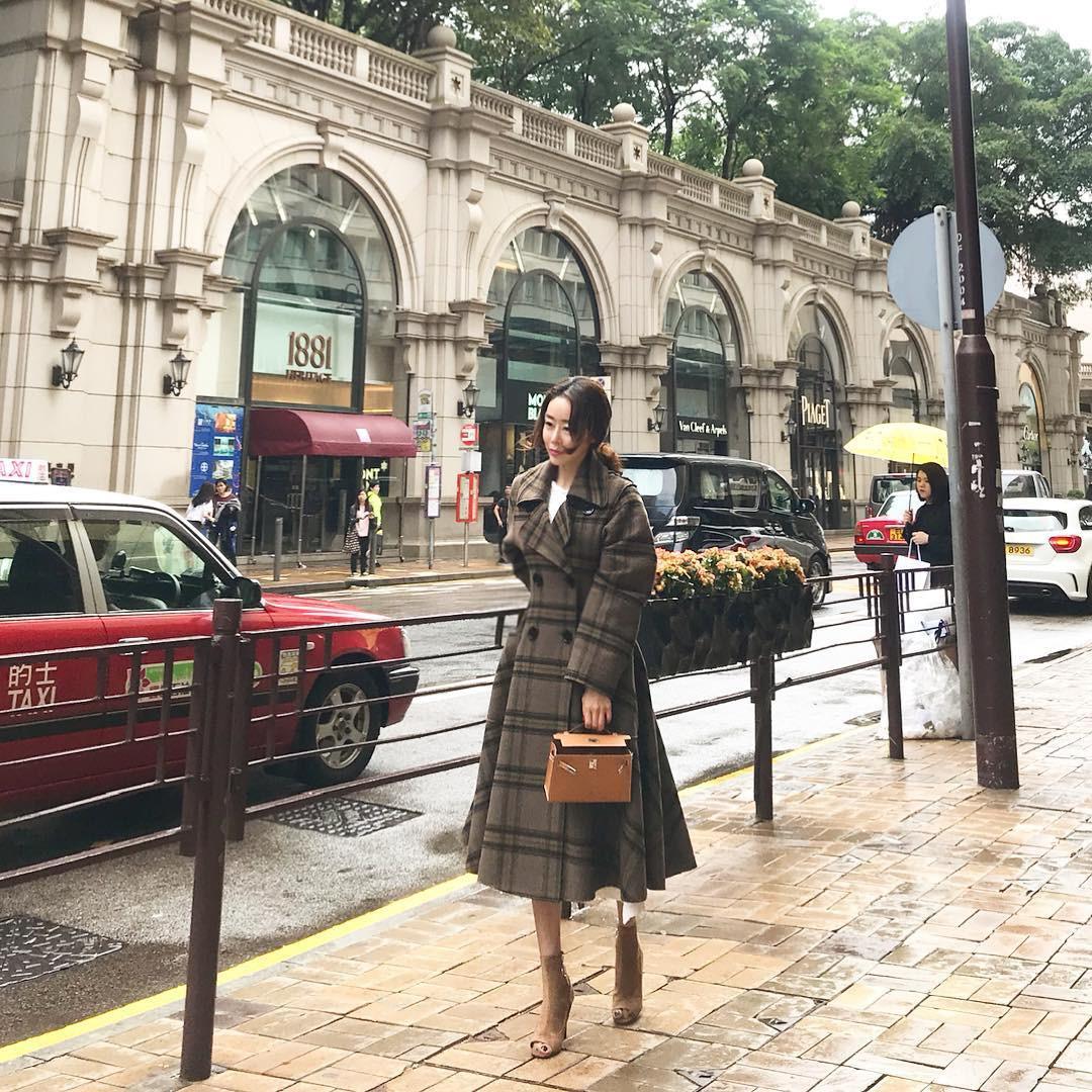 Nhan sắc trẻ trung không đùa được của bà mẹ 43 tuổi xứ Hàn khiến nhiều người tưởng mới đôi mươi - Ảnh 13.