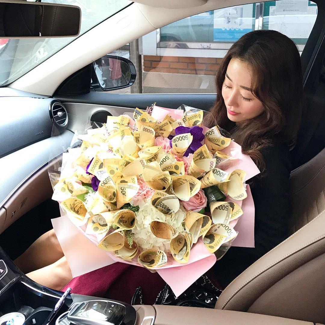 Nhan sắc trẻ trung không đùa được của bà mẹ 43 tuổi xứ Hàn khiến nhiều người tưởng mới đôi mươi - Ảnh 12.