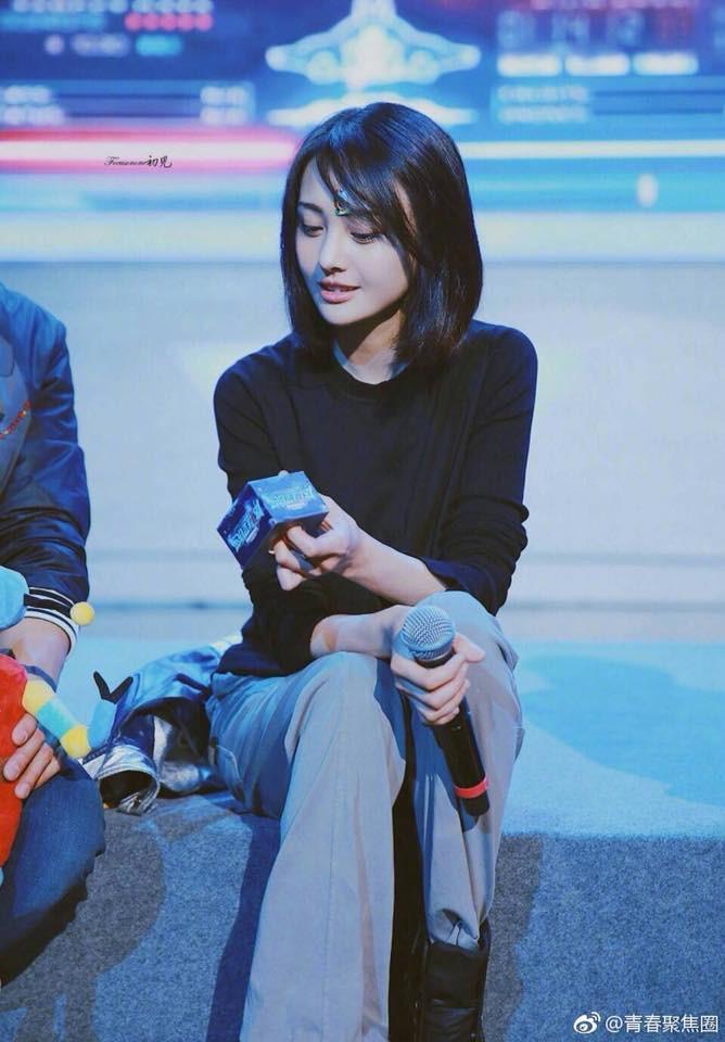 Không còn mặt lệch vì thẩm mỹ, con ghẻ Cbiz Trịnh Sảng gây sốc vì quá xinh đẹp tại sự kiện mới - Ảnh 2.