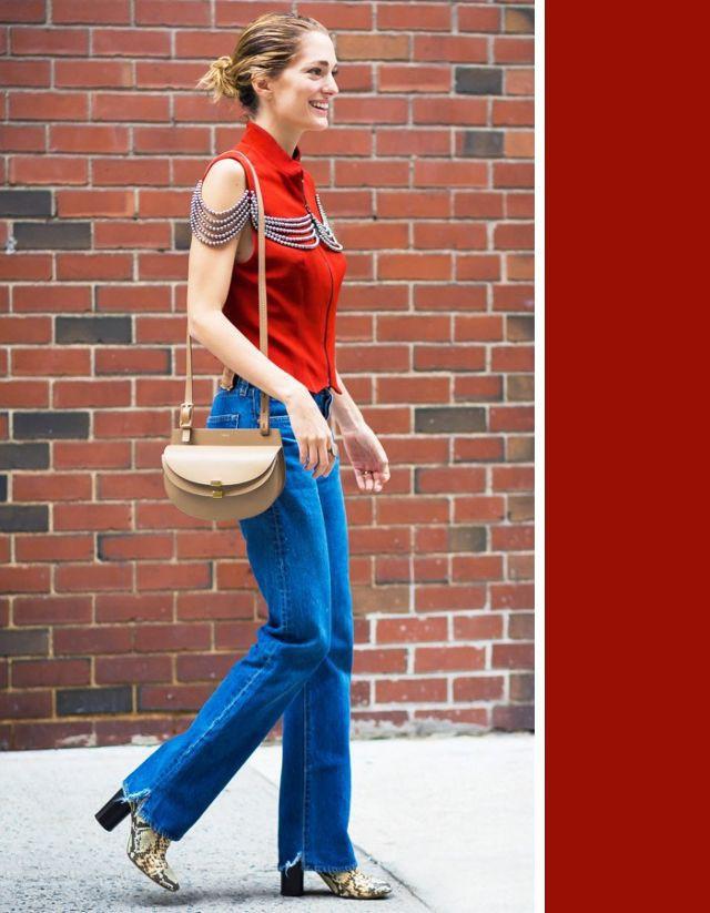 Không cần chọn kiểu dáng, chỉ cần kết hợp cùng 5 gam màu này là set đồ với quần jeans nhìn long lanh hết mức - Ảnh 1.