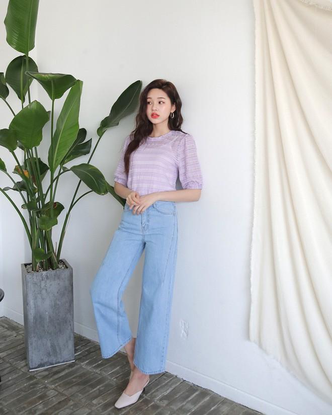 Không cần chọn kiểu dáng, chỉ cần kết hợp cùng 5 gam màu này là set đồ với quần jeans nhìn long lanh hết mức - Ảnh 8.