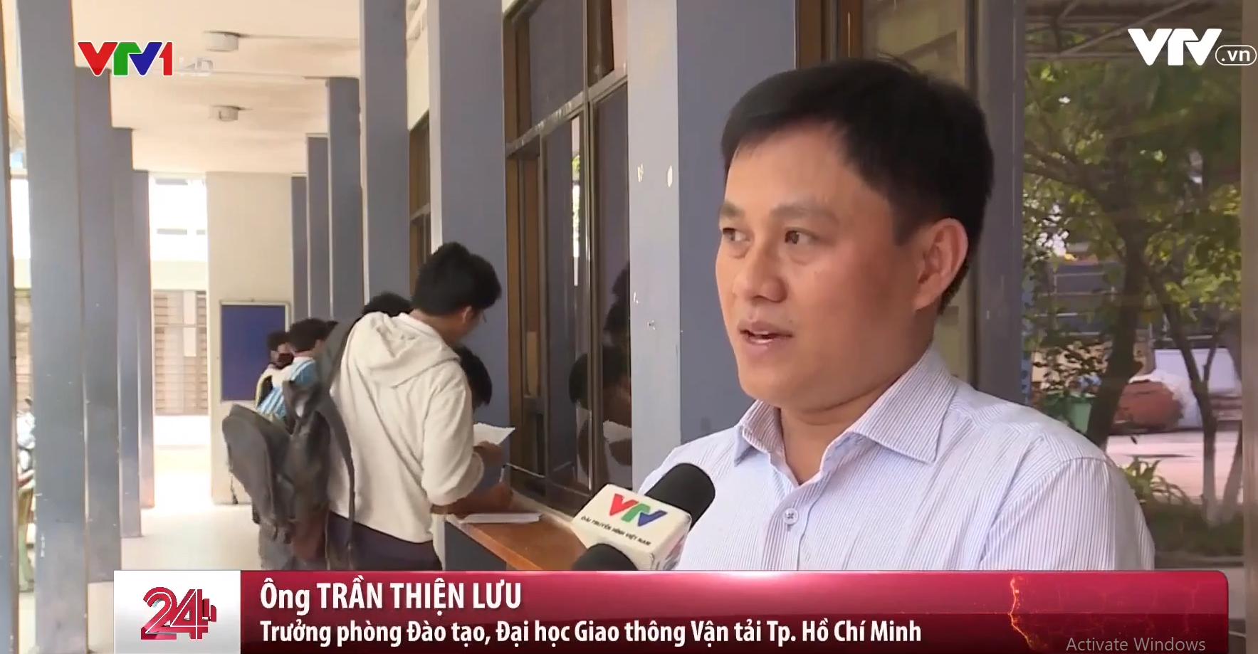Trước đó, trường Đại học Nông Lâm TP. HCM cũng vừa tiến hành xét các điều kiện tốt nghiệp đợt tháng 3 và thông báo sẽ có hơn 300 sinh viên có nguy cơ bị đuổi học.