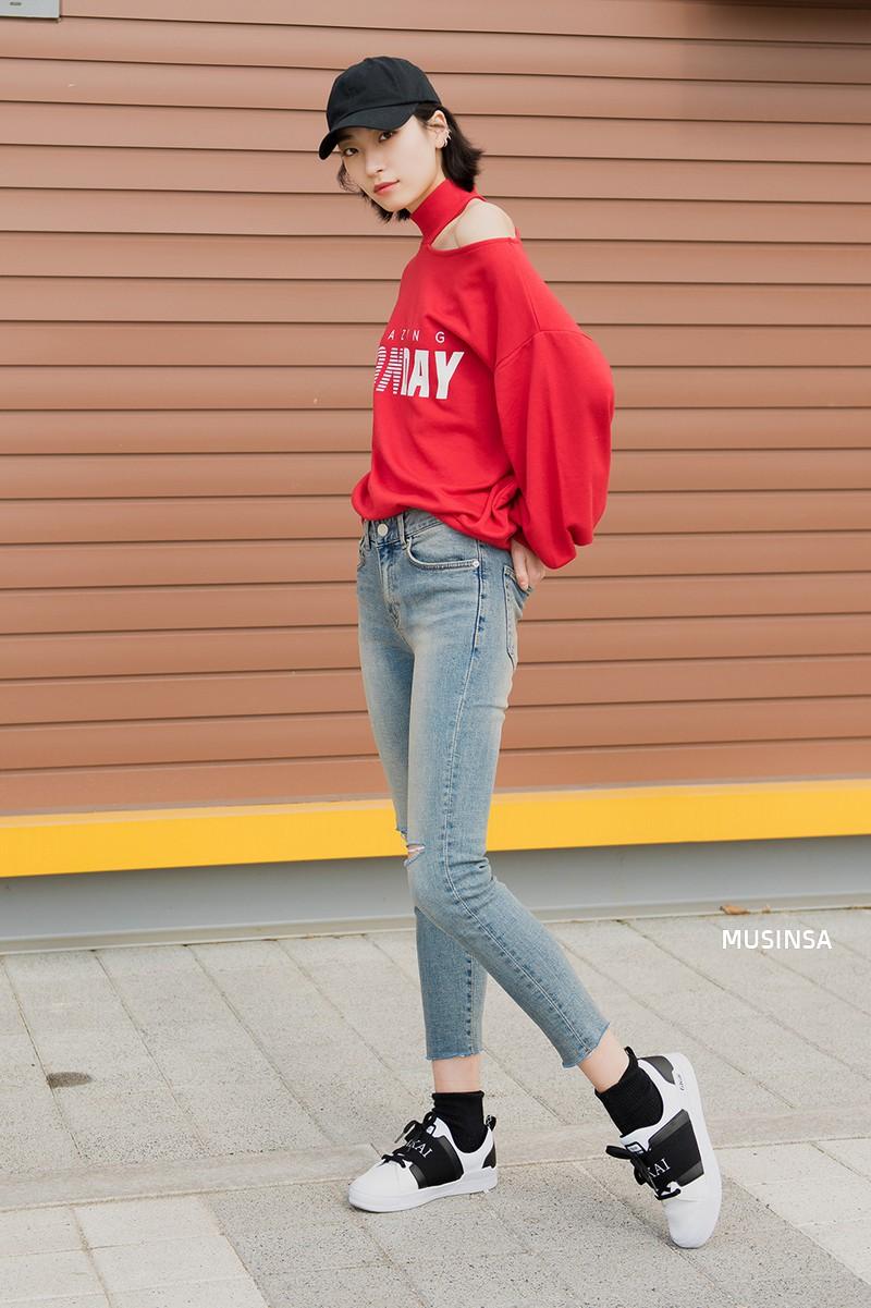 Xem ảnh xong, bạn sẽ chẳng thiết sắm đồ cầu kỳ nữa mà chỉ muốn diện toàn đồ basic như giới trẻ Hàn - Ảnh 12.