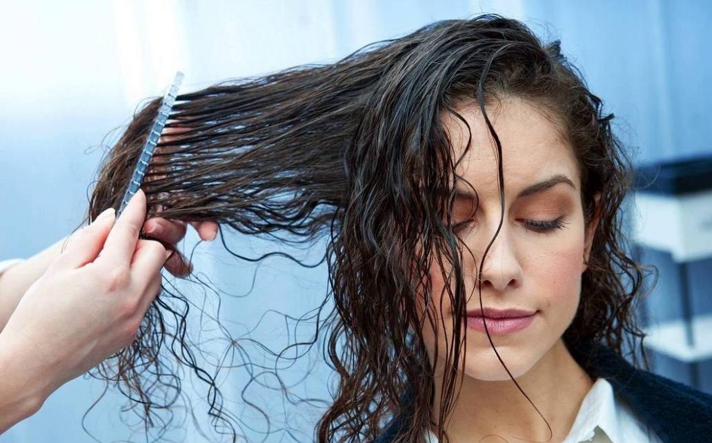 Image result for chải tóc ướt