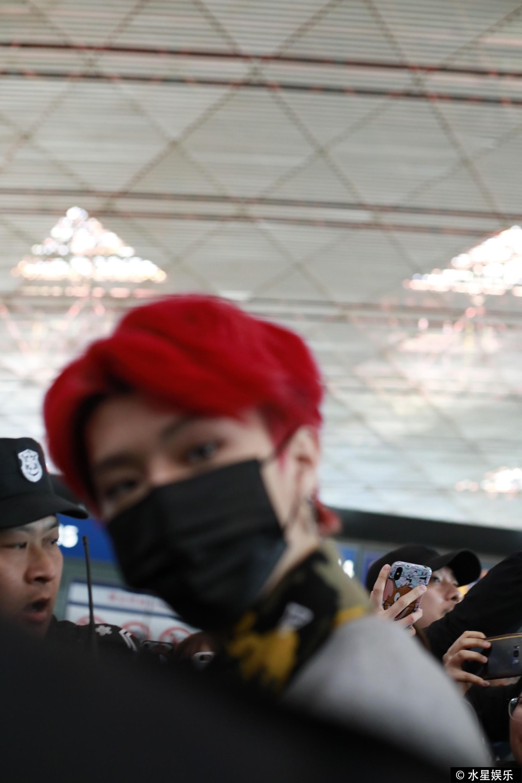 Hơn 10 bảo vệ được huy động để đảm bảo an toàn cho em trai Phạm Băng Băng vì quá hot tại sự kiện - Ảnh 8.