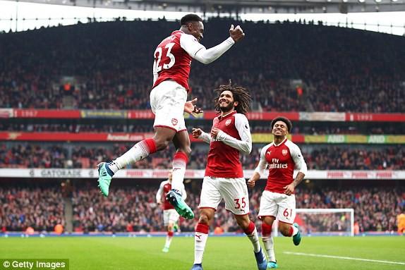 Welbeck lập cú đúp, Arsenal thắng kịch tính Southampton - Ảnh 4.