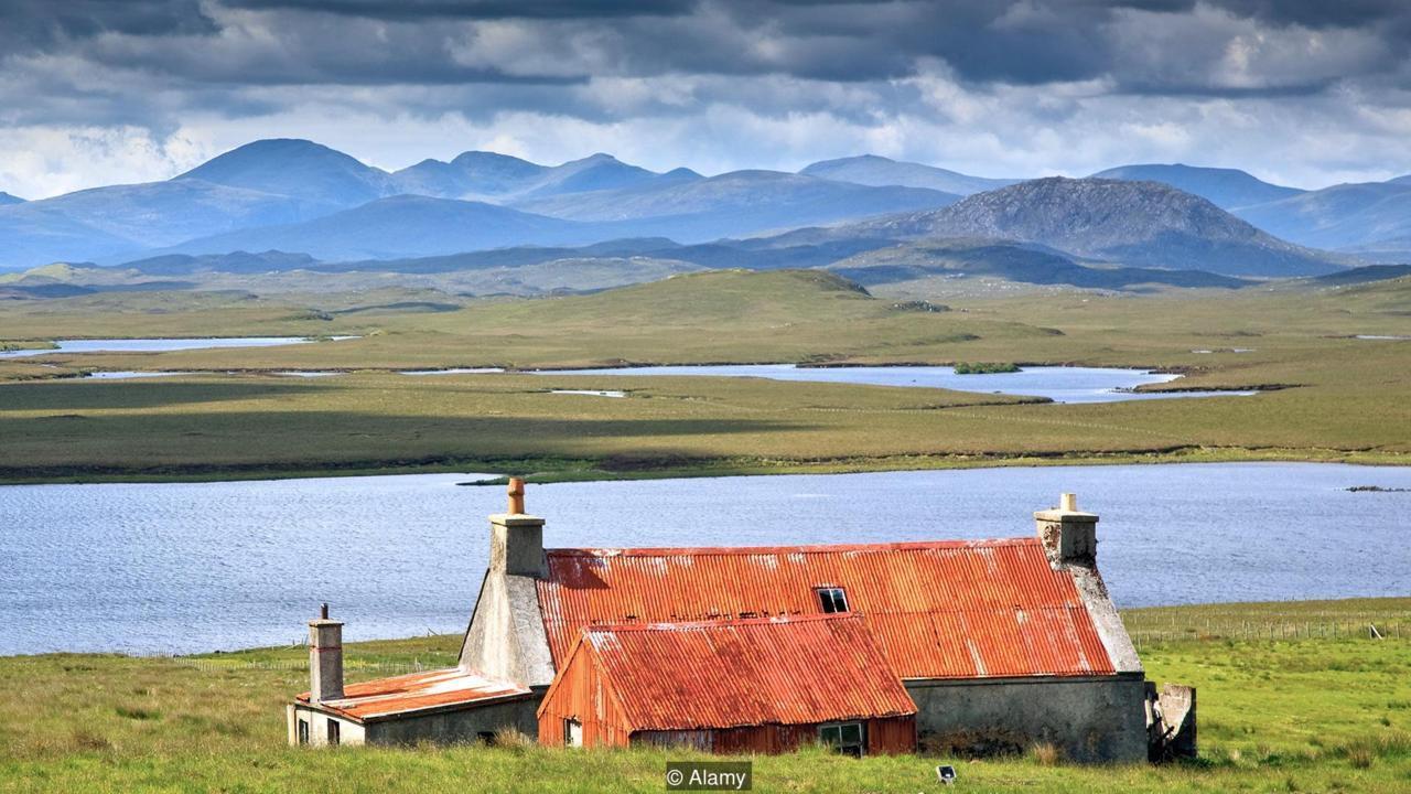 Bí mật giúp quần đảo này trở thành nơi hạnh phúc nhất Anh Quốc - Ảnh 2.