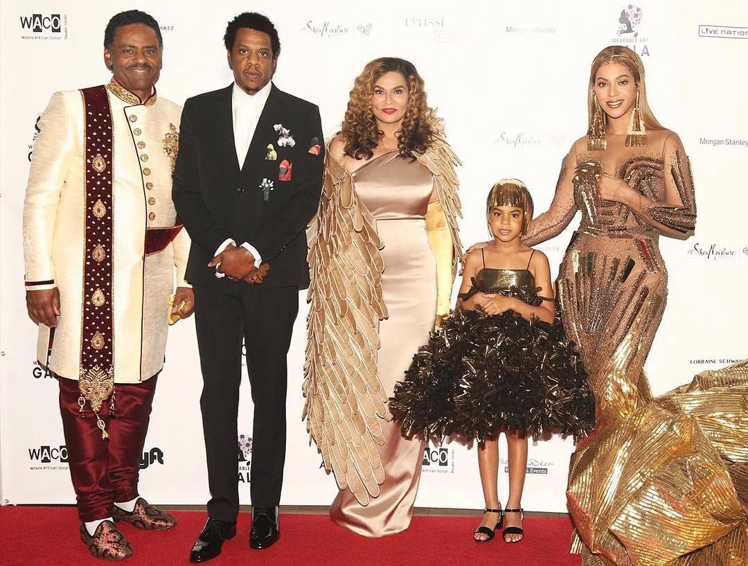 Đẳng cấp ái nữ nhà Beyoncé & Jay-Z: tròn 6 tuổi đã có stylist riêng lẫn tủ đồ hiệu vạn người mê - Ảnh 1.