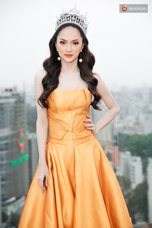 """Hoa hậu Hương Giang nhắn gửi cộng đồng LGBT+: """"Dù bạn là ai, tương lai của tôi bây giờ cũng có thể là tương lai của bạn"""" - Ảnh 4."""