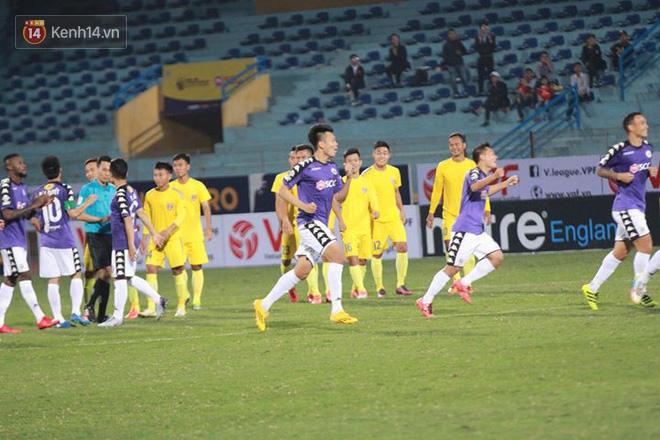 Sao U23 Việt Nam thi đấu dưới sức, Hà Nội vất vả đi tiếp ở Cúp Quốc gia sau loạt penalty cân não - Ảnh 13.