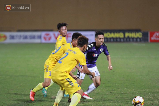 Sao U23 Việt Nam thi đấu dưới sức, Hà Nội vất vả đi tiếp ở Cúp Quốc gia sau loạt penalty cân não - Ảnh 8.