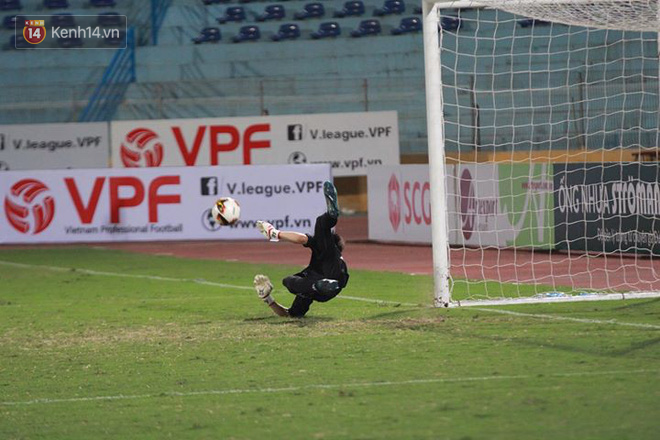 Sao U23 Việt Nam thi đấu dưới sức, Hà Nội vất vả đi tiếp ở Cúp Quốc gia sau loạt penalty cân não - Ảnh 12.