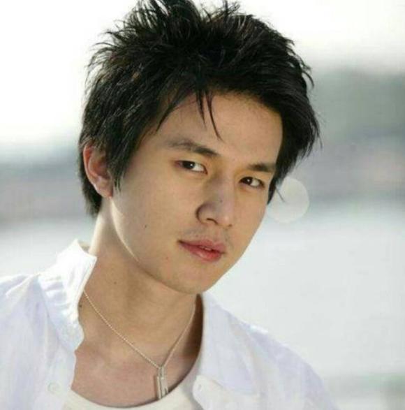 Lee Dong Wook lộ ảnh quá khứ một trời một vực so với hiện tại: Liệu có dao kéo để trùng tu nhan sắc? - Ảnh 3.