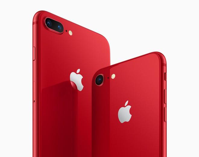 Apple chính thức ra mắt iPhone 8 và 8 Plus đỏ (PRODUCT)RED: Mặt trước màu đen, bán ra 13/4, giá từ 699 USD - Ảnh 3.