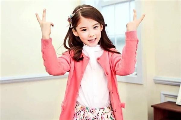 Cô bé lai Hàn từng khiến dân tình điên đảo vì vẻ đẹp xuất chúng, nổi tiếng từ thuở lên 3 bây giờ ra sao? - Ảnh 4.