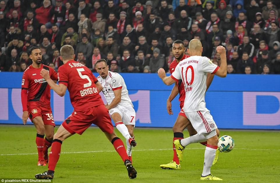 James Rodriguez ghi bàn và kiến tạo trong chiến thắng của Bayern - Ảnh 4.